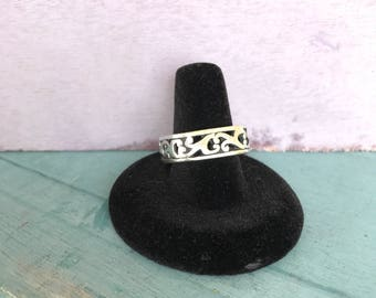 Size 8.25 Sterling Square Band Ring 7.8g
