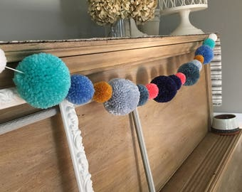 Pom Pom Garland, Customizable PomPom Bunting, PomPom Trim, PomPom Garlands, Yarn Pom Banner, Handmade PomPom, Party Decor, Party Banner