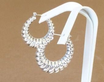 """Sterling Silver Hollow Hoop Earrings 1 1/2"""" (7.9 grams)"""