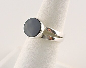 Size 7 Sterling Silver And Black Onyx Ring