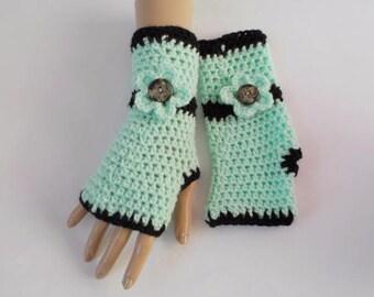 Crochet gloves, Crochet fingerless gloves, Green Black gloves, Knit gloves, Girl's gloves, Fingerless mittens, Teen gloves, Wist warmers