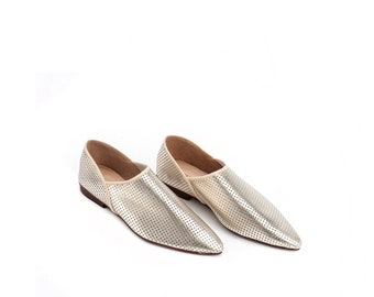 Gold Leather Flat Shoes / Women Shoes / Moroccan Shoes / Leather Flats Shoes / Metalic Summer Shoes / Wooden Heels Shoes - Agadir