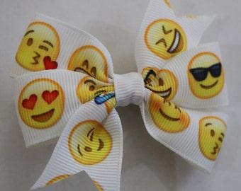 Emoji Hair Bow, Smiley Face Hair Bow, Smiles Hair Bow, Toddler Smile Hair Bow, Small Emoji Hair Bow