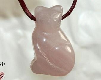 Rose quartz (cat) on leather strap / cotton cord (necklace)