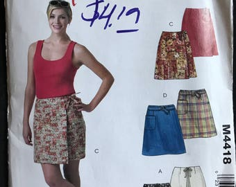 McCalls M4418 - Stitch N Save A-Line Below Waist Skort with Side or Front Wrap Option in Above Knee Length - Size 6 8 10 12