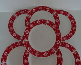 Vintage Red and White Snowflake Dinner Plates - Royal Norfolk Dinner Plates - Christmas Plates = Set of 7