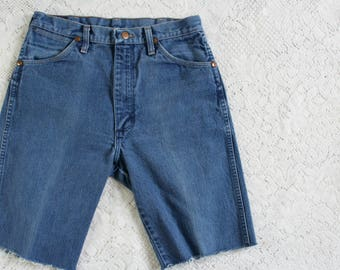 70s Blue Denim Cut Off Shorts // Vintage Men's Jorts Blue Jeans // Size: 30