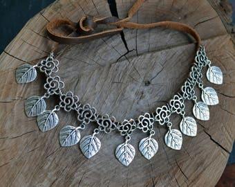 Choker necklace, Bib necklace, leather necklace, Retro necklace, feathers necklace, tribal necklace, ethnic necklace (827)
