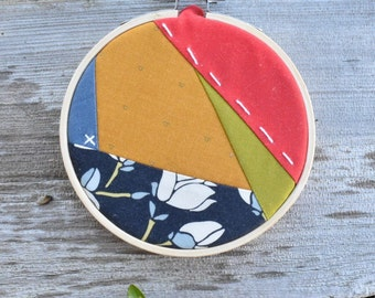 Quilted embroidery hoop | Christmas ornament