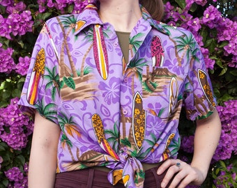 90's Vintage Purple Hawaiian Button up Shirt, Size M