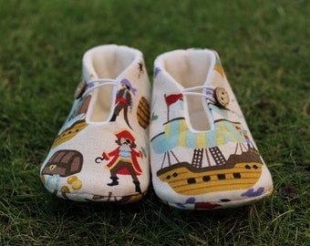 Shoes of baby pirates-various sizes