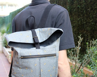 Foldover textile backpack for man with fox animal print, grey and black