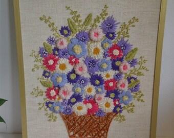 Sweet Crewel Flower Picture