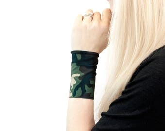 Green Camo Bracelet, Camouflage Bracelet, Camoflauge Bracelet, Camo Cuff,  Fabric Cuff Bracelet, Wrist Tattoo Cover Up Wrist Covers Arm Band