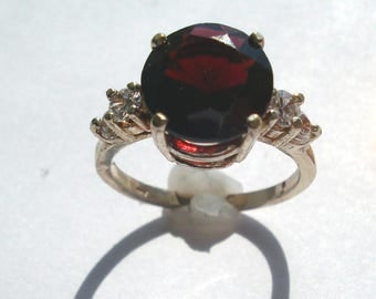 Vintage Natural Red Purple Garnet 10 mm Rd Ring w CZ's  Sterling Silver size 6.75- January Birthstone