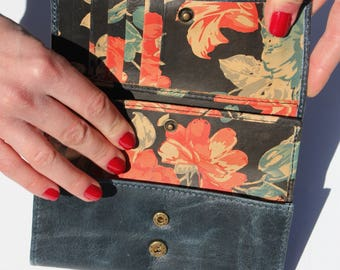 Madamzel Multi-compartment colourful floral leather wallet