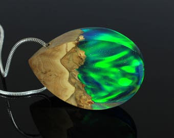 Northern lights necklace, Aurora borealis pendant, Nature necklace, Mixed media necklace, Valentine's day gift, Natural wood pendant, Aurora