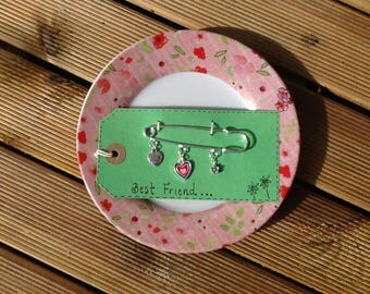 Best friend kilt pin brooch, silver plated kilt pin and charms, enamel heart charm, flower finding, best friend charm, friends jewellery