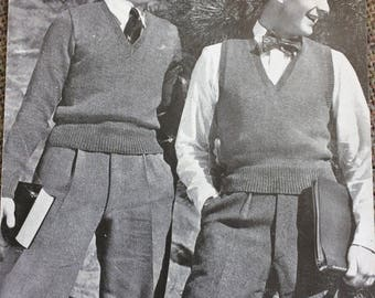 vintage knitting pattern 1940's Bestway A2392 man's pullover and sleeveless slipover 36' chest 4 ply
