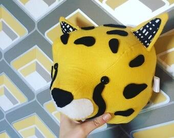 Felt cheetah, cheetah head, cheetah animal head, stuffed animal, nursery room, nursrey decor, new baby, baby shower