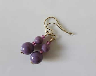 Venetian Murano earrings -- 14K gold filled -- 8 & 6mm opaline bead earrings -- Murano glass earrings