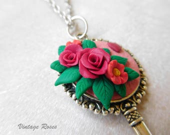 Key necklace with roses