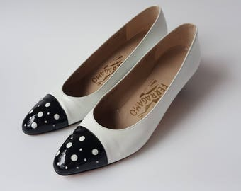 Vintage Salvatore Ferragamo White Black Heel Shoe Leather 6.5 AA Italy Polka-Dot