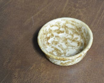 Brown Sponge Ware Bowl, Rockingham Yellow