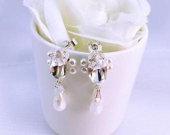 Wedding earrings Crystal and pearls / Wedding drop earrings