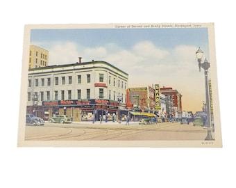 1940s Davenport Iowa Vintage Linen Postcard, SA H129