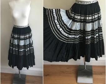 Vintage 1950s PATIO SET Ric Rac Black + Silver + Gold Circle Skirt Squaw S M