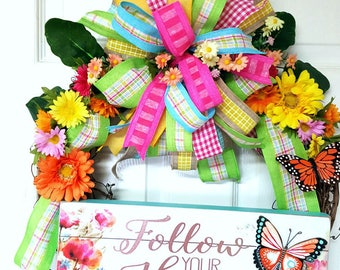 Spring Grapevine Wreath, Follow Your Heart Wreath, Grapevine Daisy Wreath, Rustic Door Decor
