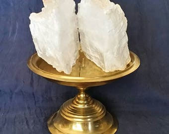 White Selenite Crystal Home Decor // Cleansing Raw Gemstone //  Brass Display Stand // Meditation Crystal Stone Decor // Gift for Her