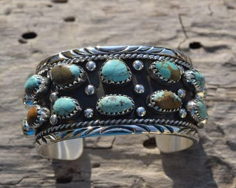 Turquoises Navajo .925 Sterling Silver cuff Bracelet Handmade Native American Inspired.