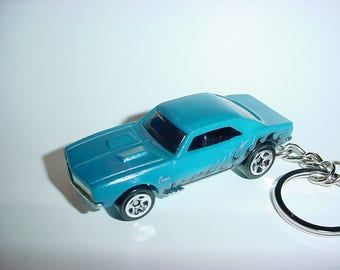 3D 1967 Chevrolet Camaro SS custom keychain by Brian Thornton keyring key chain finished in blue/flames color trim 396