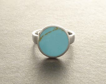 Blue Turquoise Ring - Sterling Silver 925 - Turquoise - Tribal Ring - Hipster Ring - Round Ring - Small Ring - Boho jewelry - Blue Ring.