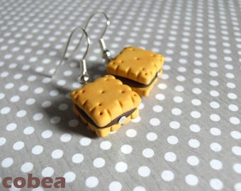 """""""Chocolate filled biscuits"""" earrings"""