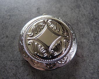 Large Locket in silver for necklaces