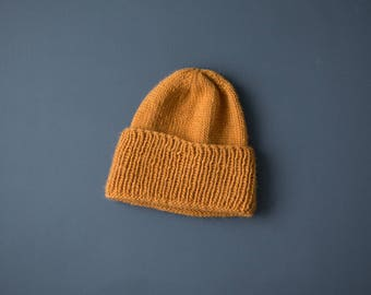 Billie beanie. KNITTING KIT with pattern and wool. Norwegian or english.