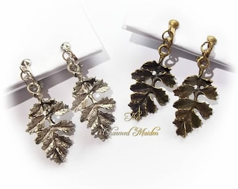 Clip On Oak Leaf Earrings, Clip On Pagan Earrings, Clip On Wiccan Earrings, Woodland, Leaf Drop Earrings, Antique Bronze or Silver Finish