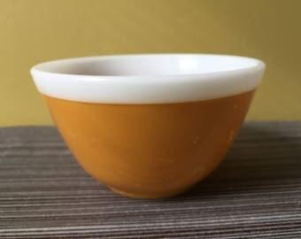Vintage pyrex Americana gold yellow white stripe top 401 1 1/2 pint mixing bowl