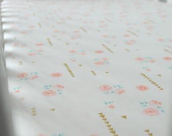 Girls floral bedding - Floral cot sheet - Floral cot bedding - Girls nursery bedding - Floral cot - Rose bedding set