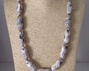 Vintage beaded necklace,White plastic beads,Boho Style,Summer,Beach Necklace
