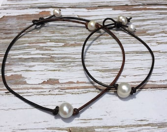 High Quality Pearl and Leather Necklace and Bracelet set | White Freshwater Pearl Choker | Single Pearl Bracelet | Sweet 16 | Gift under 30