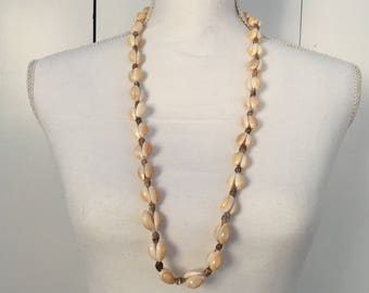Shell Necklace, Beach Necklace, Long Shell Necklace, Shell Jewelry, Beach Jewelry, Tropical Jewelry, Tropical Necklace, Vintage Necklace