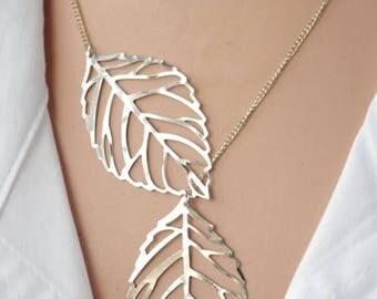 Sale Leaf lariat necklace  Silver lariat necklace Twin leaf jewelry Double leaf lariat necklace  Modern Necklace Short Necklace  Leaf Jewelr