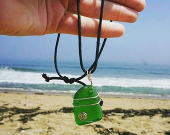 Green Maine Sea Glass Wire Wrap on Fisherman's Knot [20in]