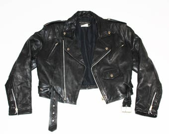 Boyfriend Fit Black Leather Biker Jacket with Belt // Made in Canada // Vintage Leather // 90's Grunge // Vintage Leather // Leather Jacket