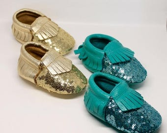 SUMMER SALE Sequin Baby Moccasins // Gold Sequin Moccasins // Mermaid Party // Toddler Moccasins // Baby Girl Shoes // Baby Mocassin