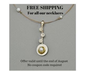 Free shipping for all our necklaces, no shipping costs in necklace